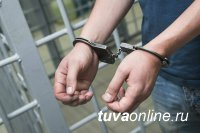 В Туве по подозрению в убийстве знакомой задержали местного жителя