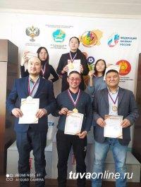 Звание чемпиона Тувы по шахматам в пятый раз выиграл Артыш Чулдум