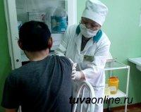Студенты ТувГУ проходят вакцинацию от клещевого энцефалита