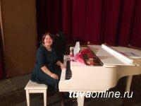 Урана Хомушку: «Музыка в спектакле «Янтарные бусы» – важный участник действия, но не главный»