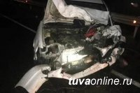 Микроавтобус, перевозивший из Кызыла в Абакан вахтовиков, столкнулся у с. Шушенское с автомашиной, пострадали 10 человек