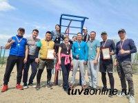 В Туве росгвардейцы выиграли городской турнир по лапте