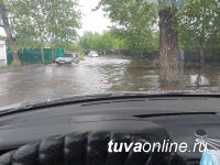 В Кызыле в связи с паводком объявлен режим ЧС. Подтоплены 48 домов.