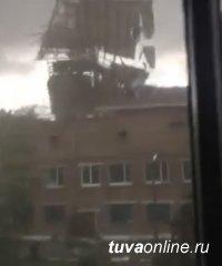 Ветер разрушительной силы прошелся по Туве
