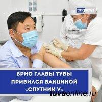Врио главы Тувы Владислав Ховалыг получил прививку от коронавируса