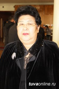 На 65-м году ушла из жизни Заслуженный работник образования Тувы Лидия Ховенмей