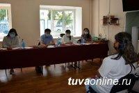 В  медколледже  Тувы прошел отбор кандидатов на обучение по трехстороннему целевому обучению