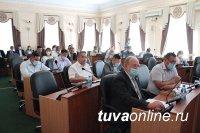 Госнаграды Тувы дополнены новыми почетными званиями