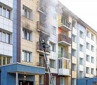 В Кызыле брошенный с балкона окурок вызвал пожар в соседней квартире