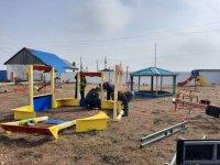 В районах Тувы появились новые детские площадки в центрах социальной помощи семье и детям