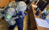 В Кызыле на учениях судебных приставов отработана ситуация нападения террориста на участок мирового суда